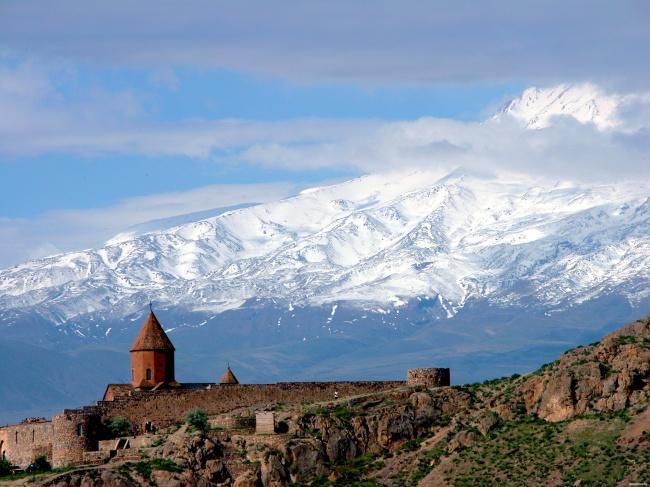 3444160-650-1446452026dostoprimechatelnosti-armenii
